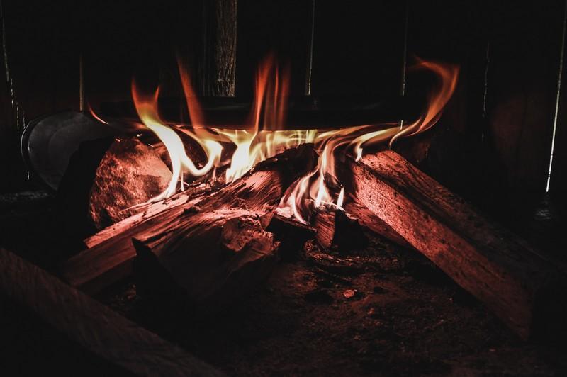 bois qui brûle